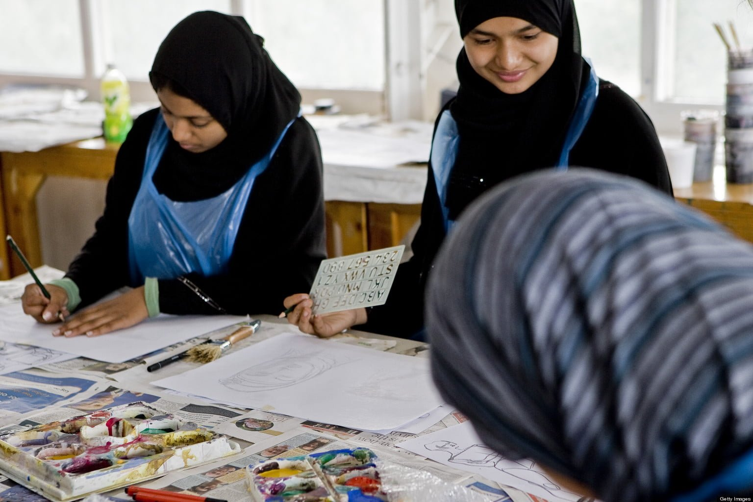 islamic stud The islamic studies program advances critical research about islam and the muslim world and facilitates access to knowledge in the field for students, scholars, professionals.