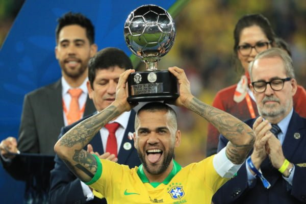 racism-in-football-must-stop-not-increase-alves