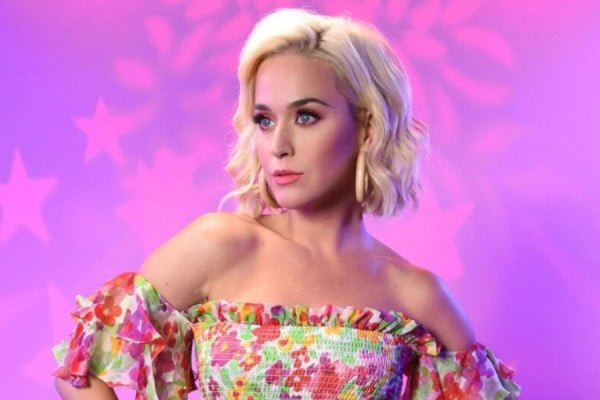 song-review-katy-perrys-small-talk-kp