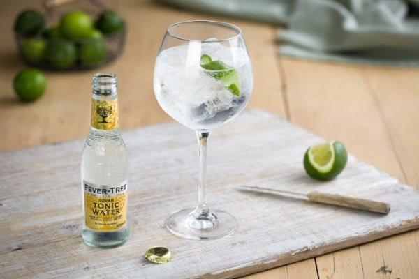 cafe-by-day-bar-by-night-the-new-highstreet-trend-gin