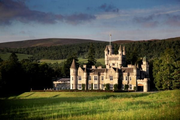 royal-family-balmoral