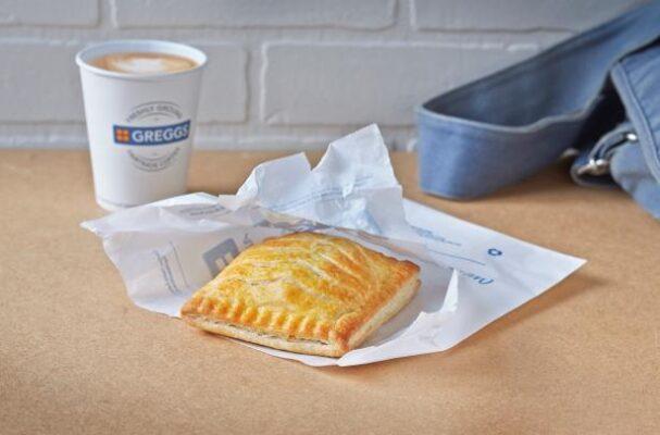 greggs-chicken-bake