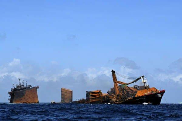 sri-lanka-cargo-ship