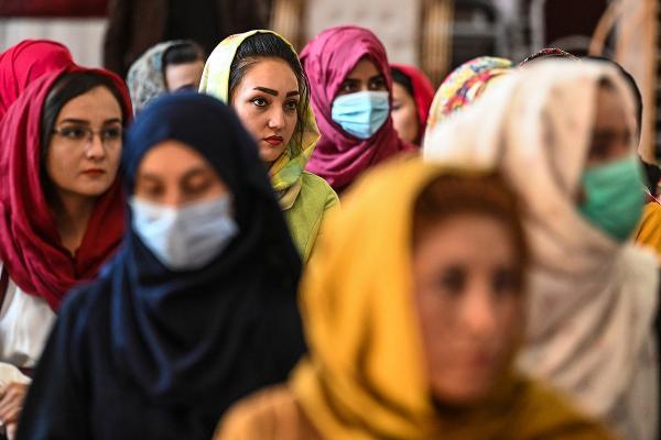 afghanistan-women-hijab